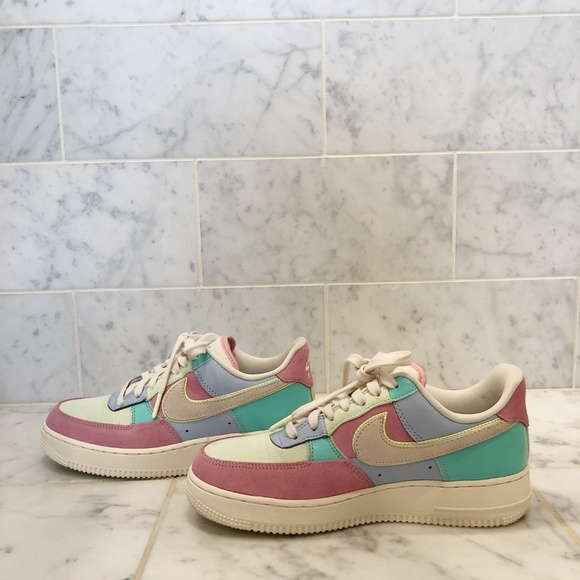 big sale f2728 5f4f7 Nike Air Force 1 Low 'Easter Egg' Spring 2018